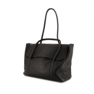 e9f58213dbfb ... UK Hermès Replica MM bag worn on the shoulder or carried in the hand in  black togo leather £1